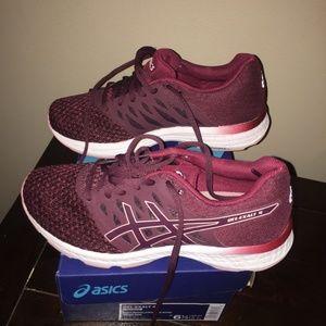 Asics Shoes - Maroon Asics Tennis Shoes